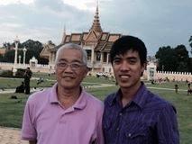 Mục sư Kiến và người học trò của ông trên đường truyền giáo