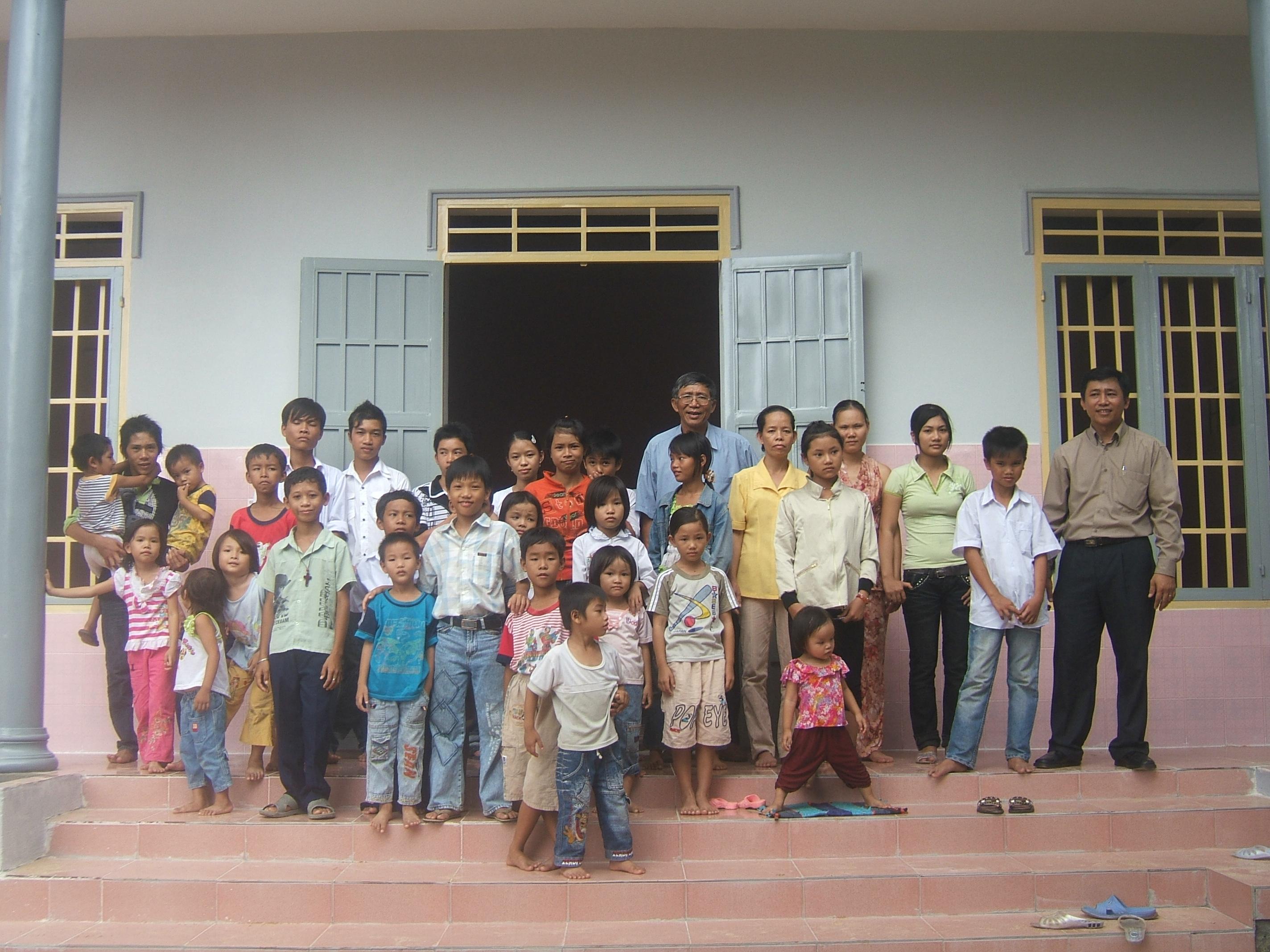 Mái ấm tình thương ở Bình Thuận. MS Châm phụ trách nơi này.